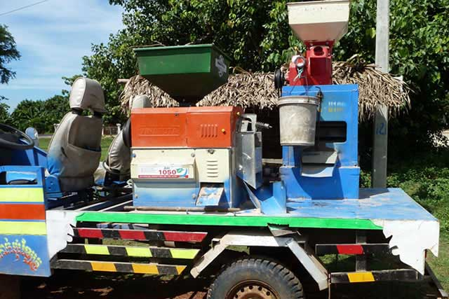 mobile-rice-mill-in-cambodia